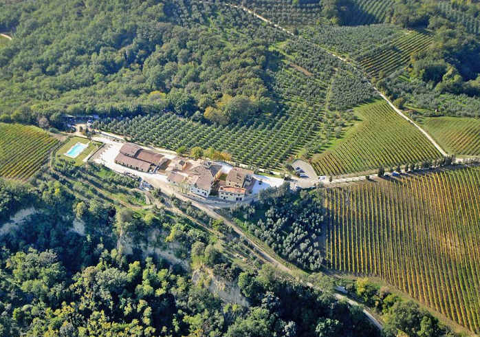 Holiday house on a vineyard in Chianti